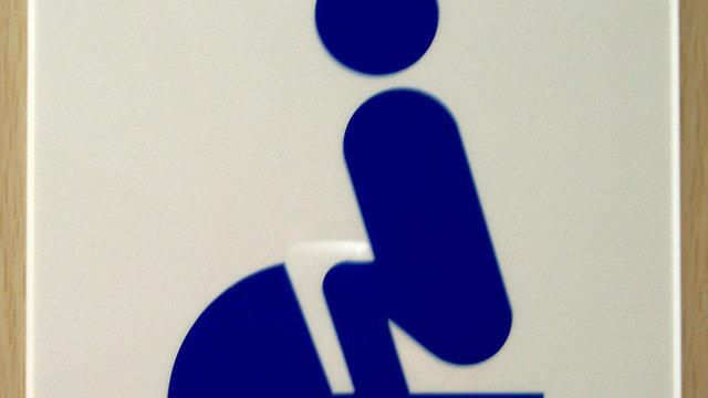 Wo Schüler die Toiletten putzen