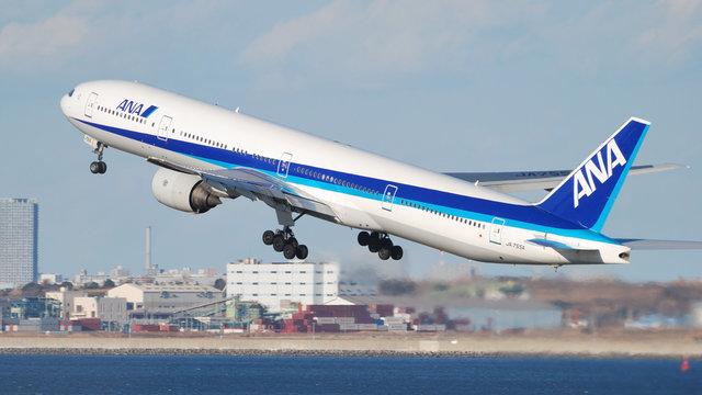 ANA auf dem Weg zur Superfluggesellschaft