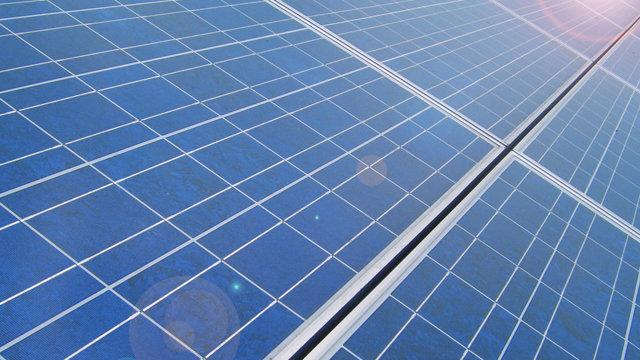 Sharp bringt Solarfarmen nach Italien