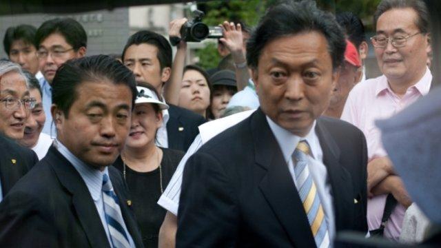 Hatoyama stellt sich gegen den Premier