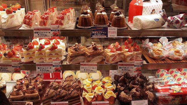 Kuchenessen unter Männern