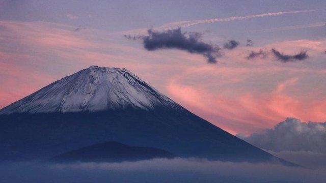Erster Schnee auf dem Fuji