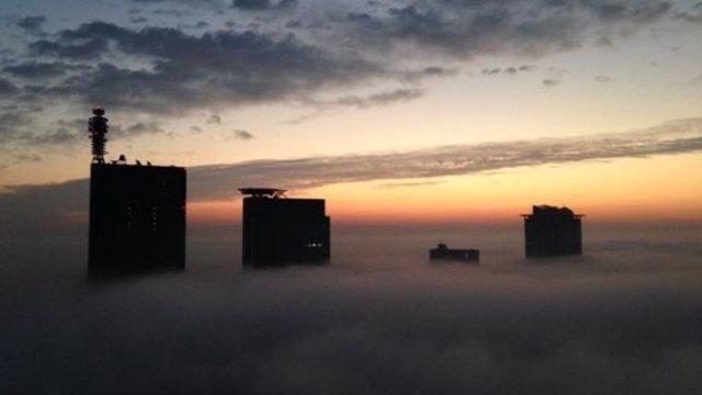 Die Stadt in den Wolken