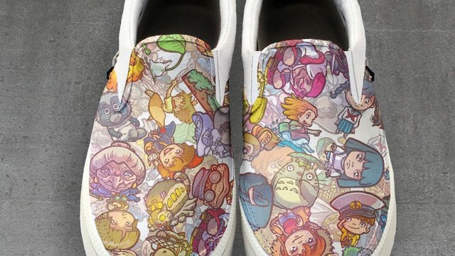 Schuhe im Ghibli-Design