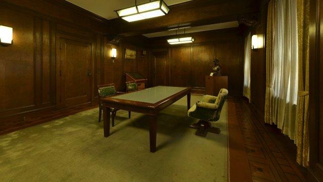 Im Büro von General MacArthur