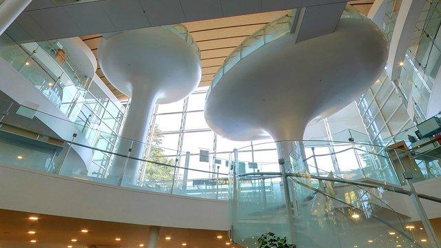 Die futuristische Bibliothek