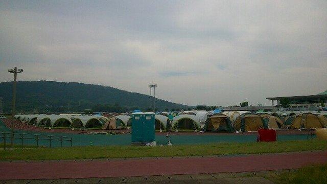 Nach dem Beben ins Zelt