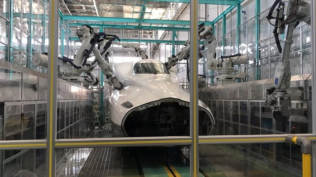 Der Shinkansen-Roboter