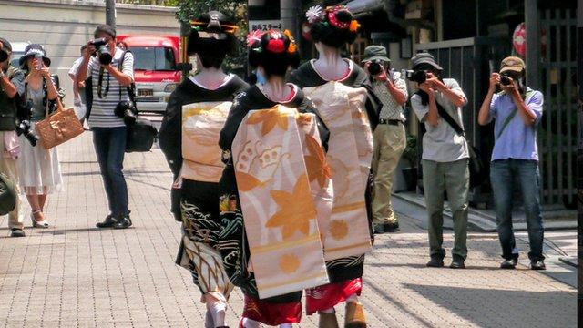 Der Auftritt der Geishas