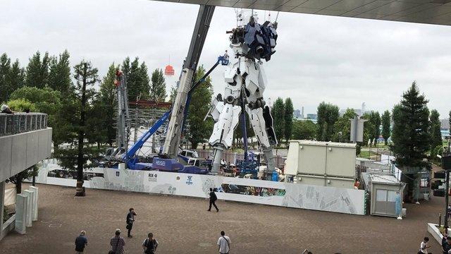 Tokios gigantische Roboter-Statue