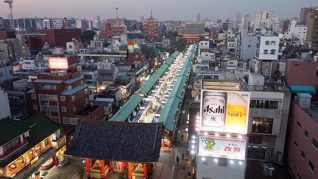 Tokios legendäre Einkaufsstrasse