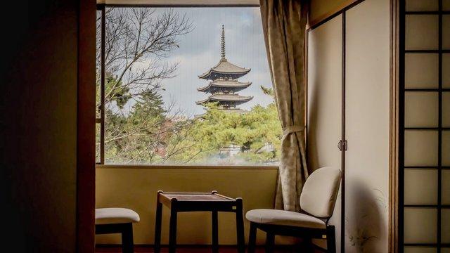 Naras Notunterkunft für Touristen