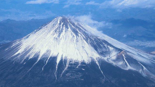 Die gigantische Beule am Fuji