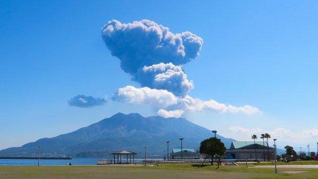 Durch die Stadt der Vulkanasche