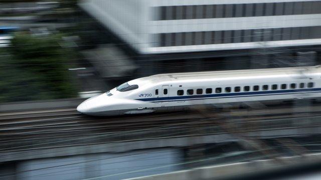 Ein Messerverbot in Japans Zügen