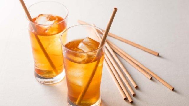 Japan führt den Holz-Trinkhalm ein