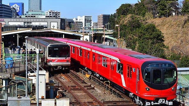 Marunouchi: Tokios rote Metro-Linie