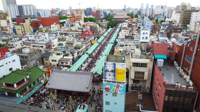 Tokios älteste Einkaufsstrasse
