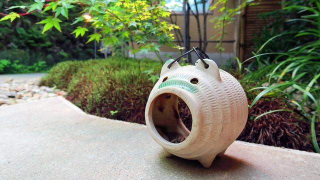 Kayari-Buta: Japans Stechmücken-Bekämpfer
