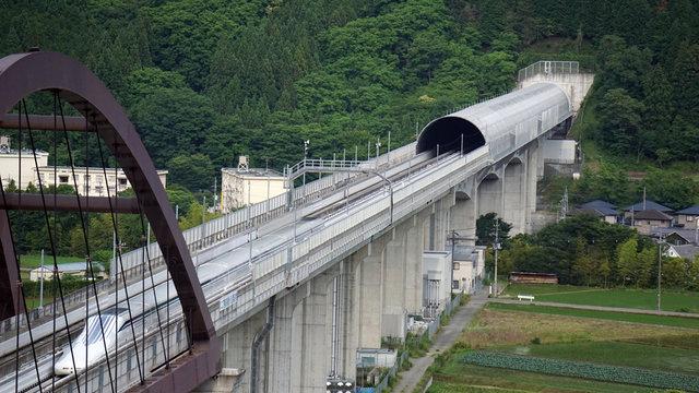 In 40 Minuten von Tokio nach Nagoya: Japans Jahrhundertprojekt