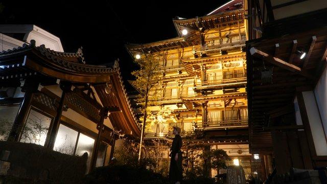 Kinosaki-Onsen und Shibu-Onsen: Im Yukata von Bad zu Bad