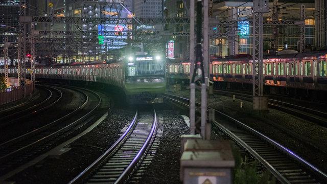 Sommer 2020: Eine Yamanote-Linie bis in die Morgenstunden