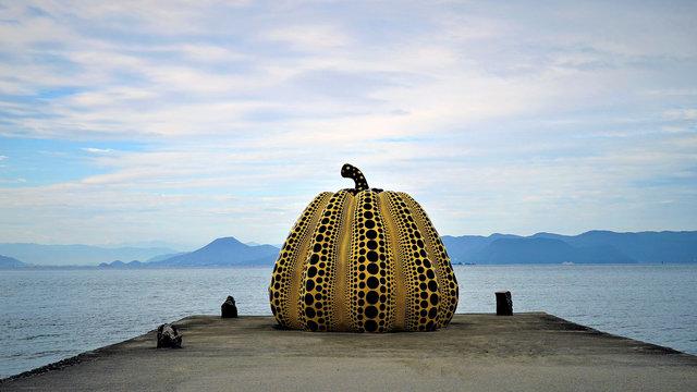 Japans blühende Kunstinseln