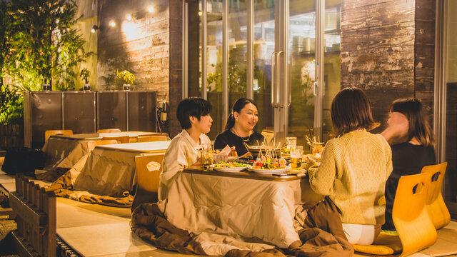 Die «Kotatsu-Terrasse» für den Corona-Winter