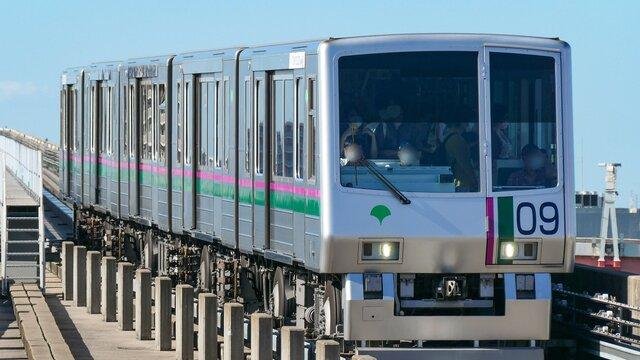 Tokios vollautomatisierte Bahn